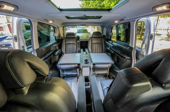 i needed an executive van with a large table that was imposible to find and executive taxi did. Black Bedroom Furniture Sets. Home Design Ideas
