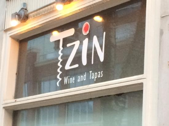 Tzin Wine & Tapas: Tzin! Just a great spot!