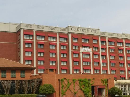 O.Henry Hotel: O'Henry Hotel -- Greensboro, North Carolina.  Photo by M. Alexander