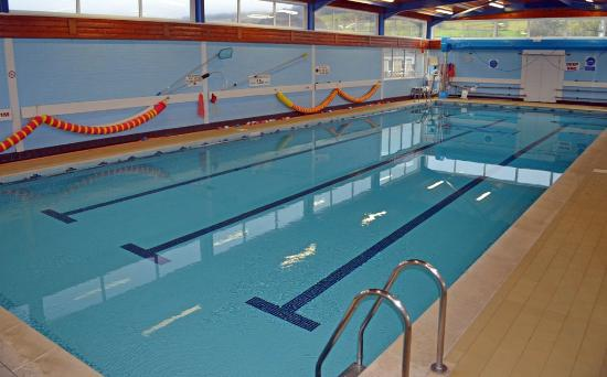 Inflatable 17m obstacle course picture of settle area - Swimming pools in south yorkshire ...