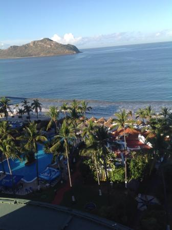 The Inn at Mazatlan: Water view in the morning.
