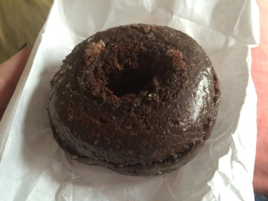 Photo of American Restaurant Peter Pan Donut & Pastry Shop at 727 Manhattan Ave, Brooklyn, NY 11222, United States