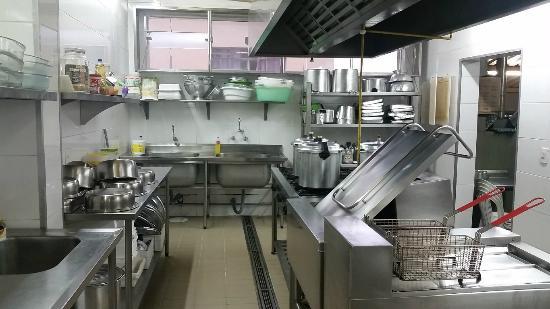 Cozinha modelo na regi o foto de kaka restaurante for Modelos de restaurantes