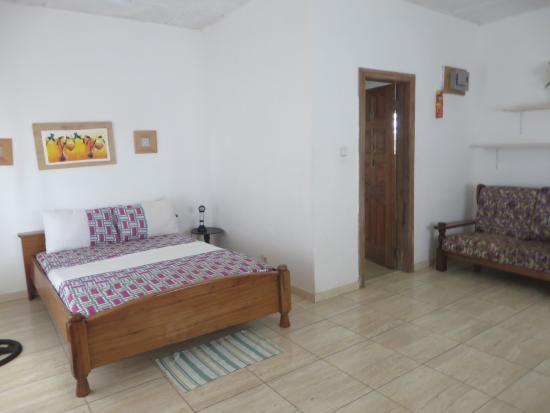 Sunflower Beach Resort: Inside room