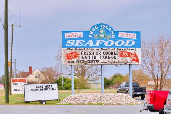 Frog Island Seafood: the sign that you MIGHT miss if you are speeding--TURN BACK!