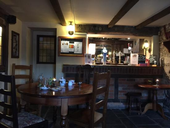 Broad Chalke United Kingdom  city photos : Picture of The Queens Head, Broad Chalke TripAdvisor