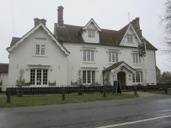 The Kings Head Country Hotel: View of the kings head hotel