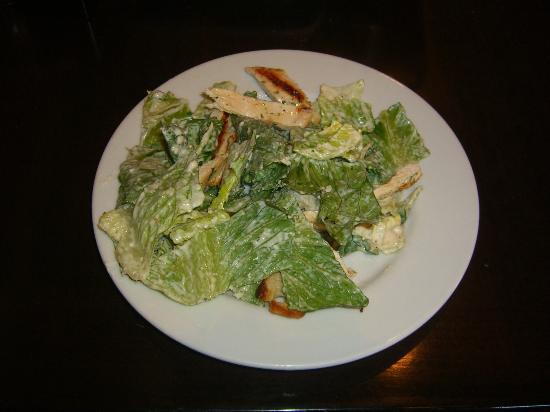 Dominic's Italian Restaurant : chicken ceasar salad