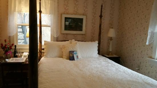We loved everything about our weekend at The Tidewater Inn. Already reserved the Scranton room f