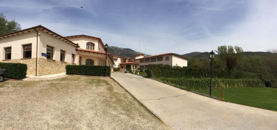 Hotel Mirador De La Portilla: Entrada al hotel