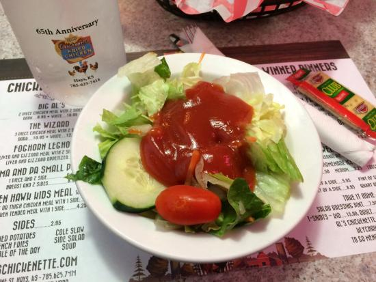 Al's Chickenette: Salad with homemade dressing