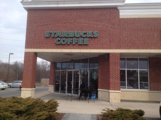 Roseland, Nueva Jersey: Starbucks - outside