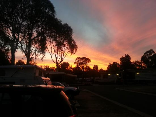 sunset over the Echuca Holiday Park