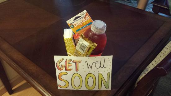 Homewood Suites by Hilton San Diego-Del Mar: My Get Well Soon gift basket
