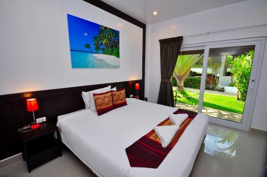 Phuket Airport Hotel: Double room