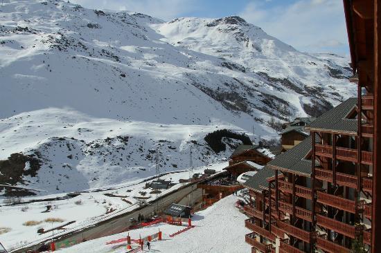 Pierre & Vacances Residence Les Valmonts: Вид с нашего балкона