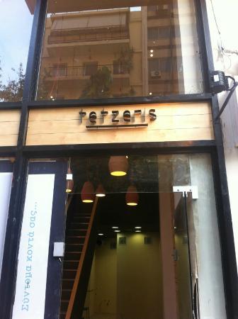Tetzeris