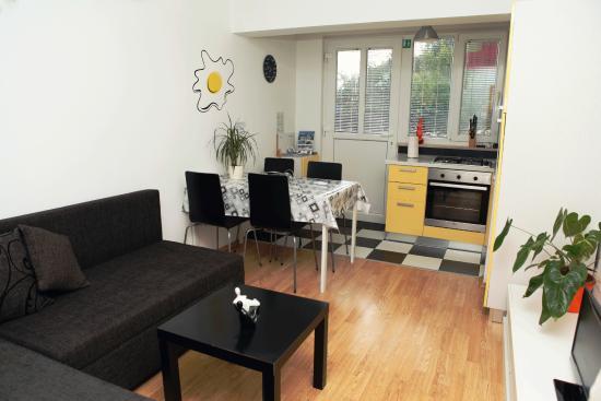 Apartments Karisima