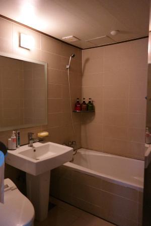 Hotel Yaja Jongno : bathroom