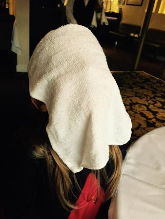 Tamarind Fine Indian Dining: Loved the hot towels