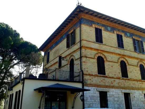 Villa Raffaello Park Hotel: La villa