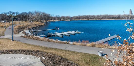 Gray's Lake Park: Lake