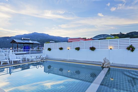 Garden Phuket Hotel: Pool