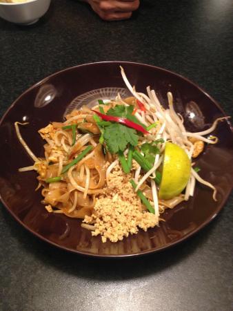 Eat-Aroi Thai