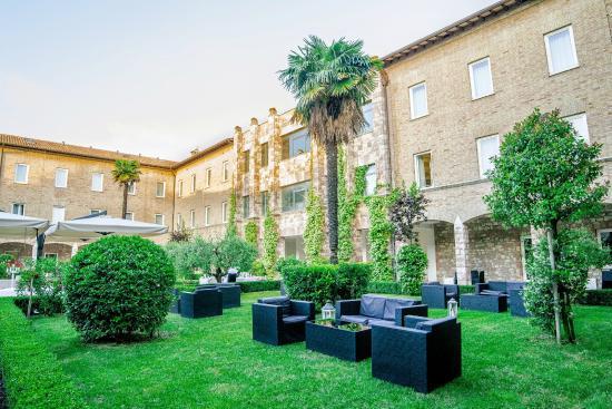 Hotel Cenacolo: Il chiostro