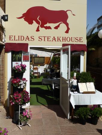 Elidas Steakhouse: Velkommen inn !
