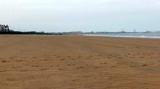 ‪Seaton Carew Beach‬