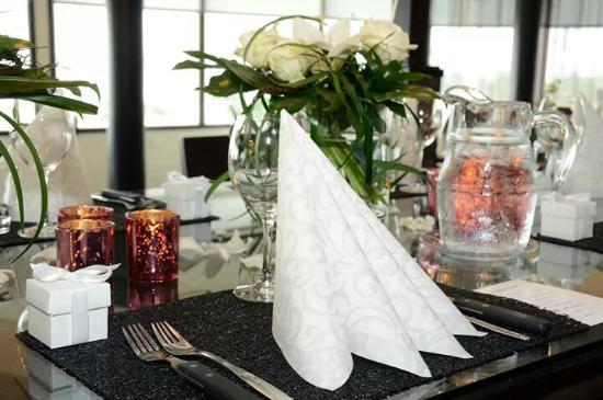 Hotelli Rantakalla: Setting in restaurant