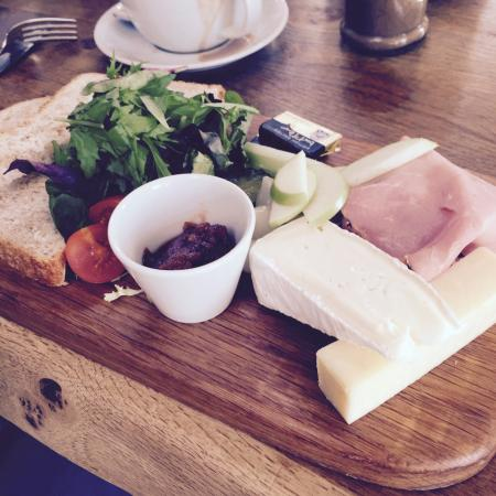 The Woodhouse Coffee Shop: The Ploughman's Platter