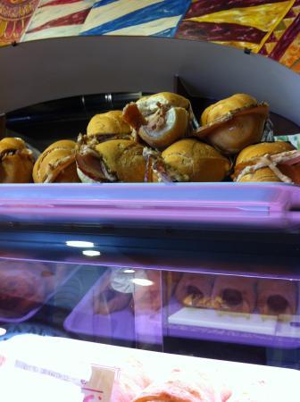 Pizzeria da Andrea : Mmmm.... panini con la porchetta...
