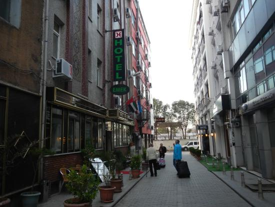 Hotel Emek : Facade