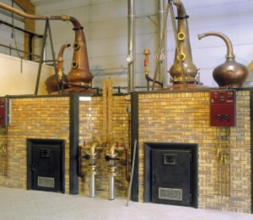 Plomelin, Frankreich: Distillerie