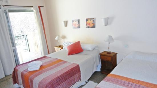 Hotel Agustin Garcia: Habitación Matrimonial o Triple