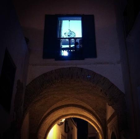 Dar El Medina : More of Medina at night - steps outside hotel