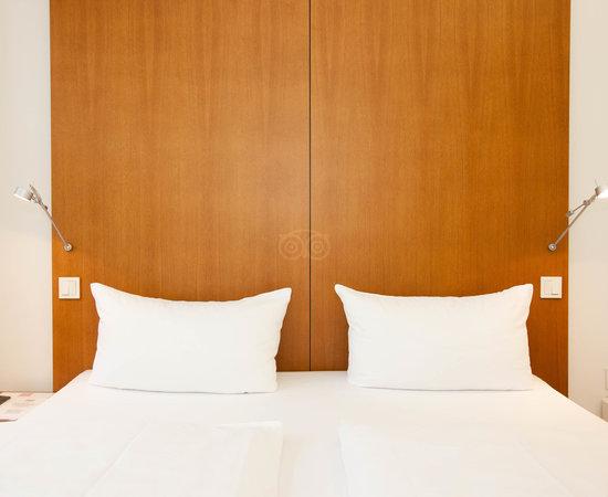 Rooms: ELLINGTON HOTEL BERLIN $71 ($̶1̶1̶5̶)