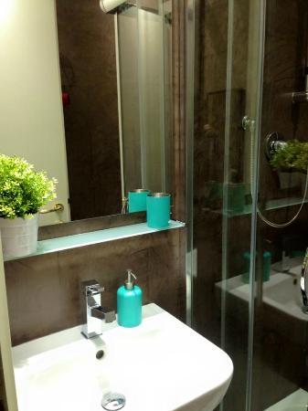 Hotel Domus Tiberina : Bagno