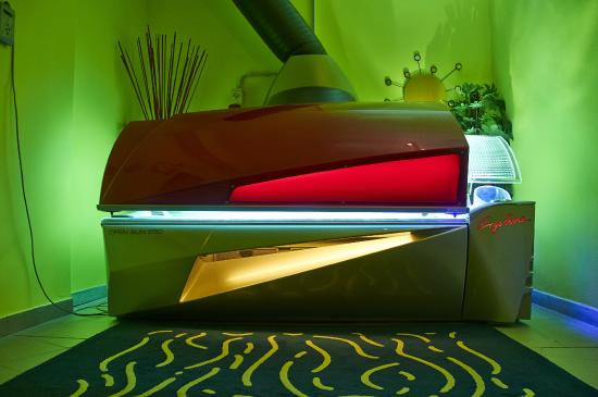 Lampade Solari Milano : lampade solari - Foto di Villaggio Olimpico ...