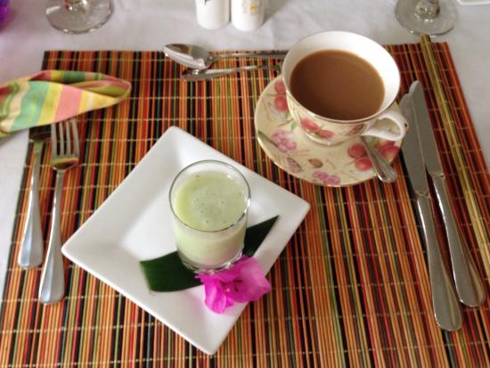 Saint Michael Parish, Barbados: Cucumber pineapple smoothie
