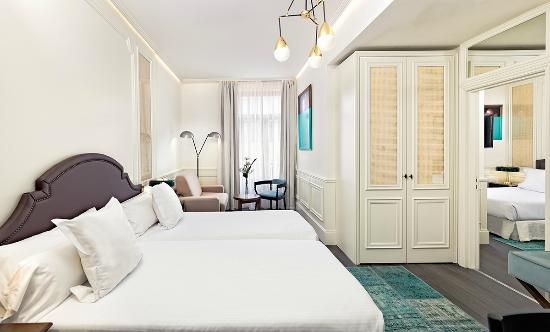 Habitaci n doble con sof cama double room with sofa - Sofa cama en madrid ...