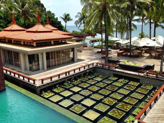 Trisara Phuket: ทางลงหาด