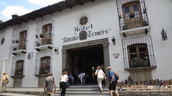 Santo Tomas Hotel Entrada