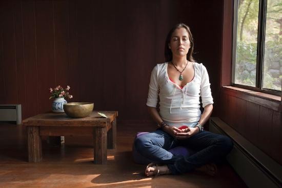 Sacred Springs Retreat and B&B : Evening Meditation