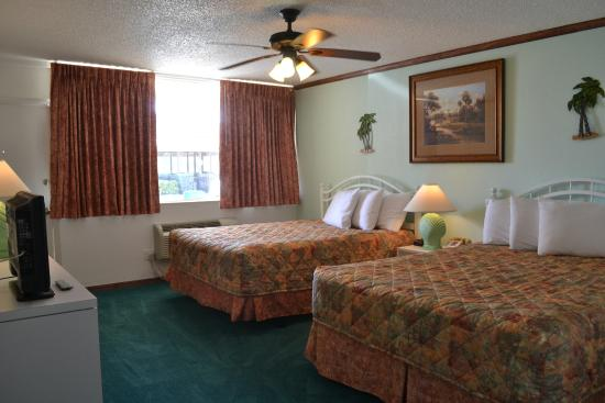 Ocean Landings Resort and Racquet Club: 1 bedroom suite off ocean