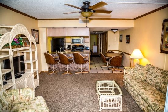 Ocean Landings Resort and Racquet Club: Ocean front suite