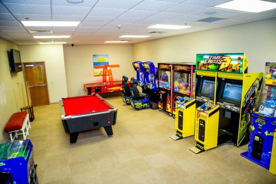 Ocean Landings Resort and Racquet Club: Game Room