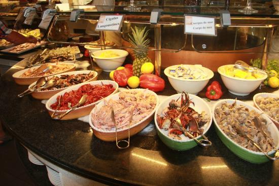 Het buffet photo de gran buffet libre la jonquera for Restaurant la jonquera